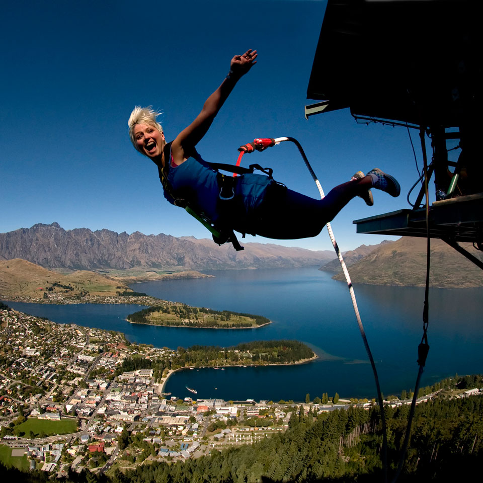 Photo credit (AJ Hackett Bungy). Location displayed (Lake Wakatipu, Queenstown).