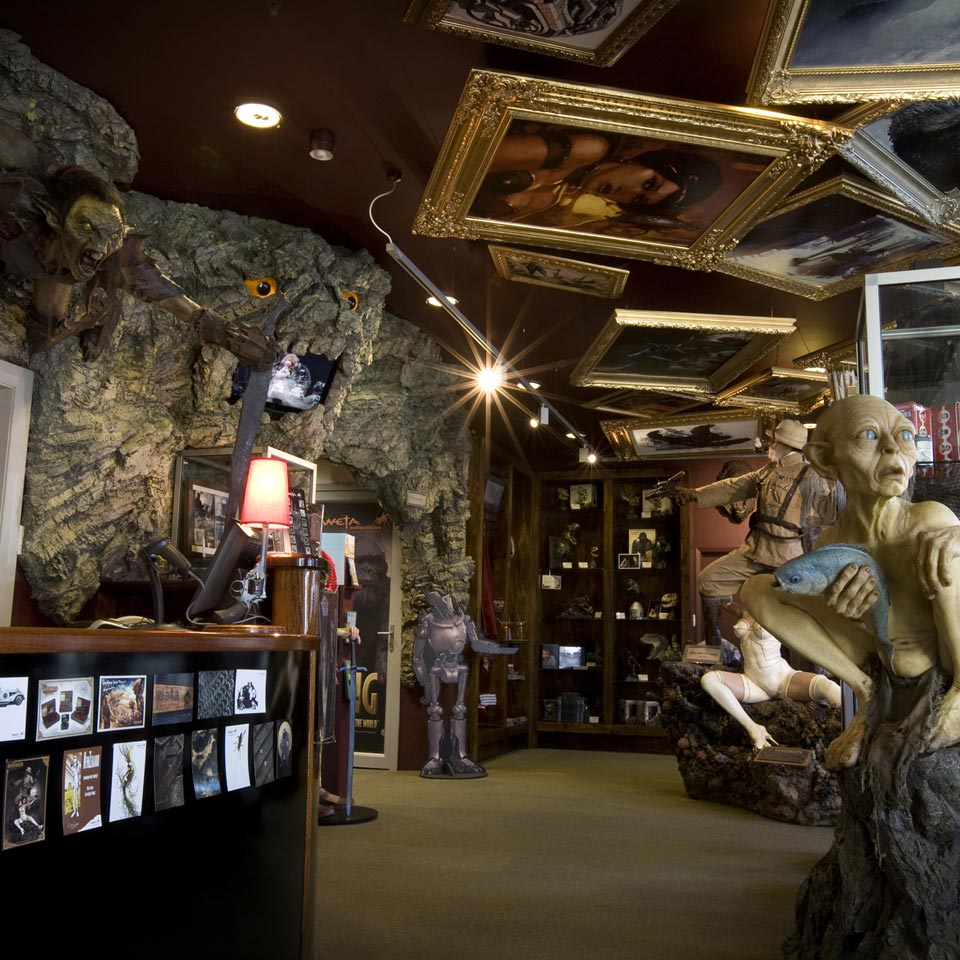 Location displayed (Weta Cave Museum, Wellington).