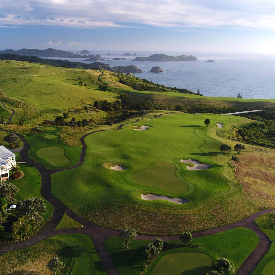 Location displayed (Kauri Cliffs Golf Course).